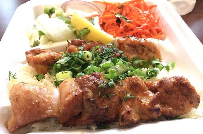 ハワイ唯一のウズベキスタン料理のお店「Silk Road Cafe(シルクロード・カフェ)」をチェック